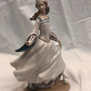 Lladro Cinderella sculpture